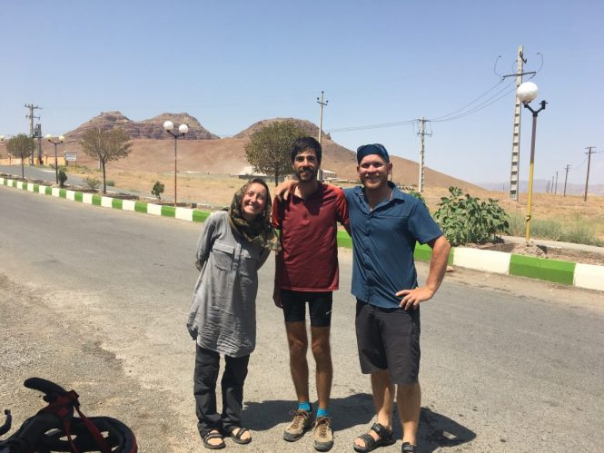 Meeting-cyclists-in-iran