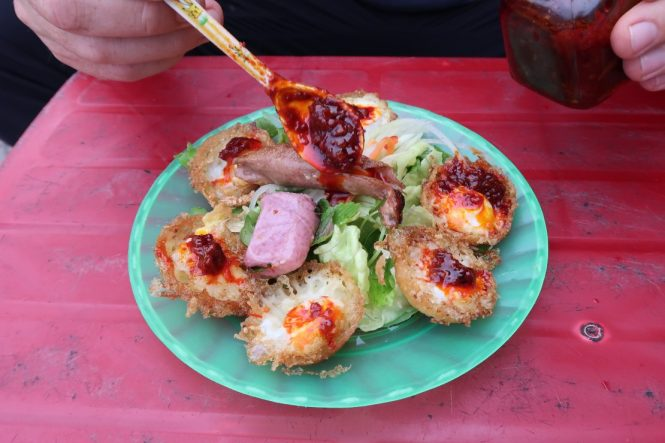 Plate-of-banh-can