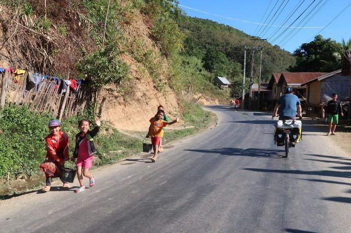 Cycling-rural-laos