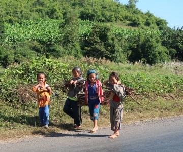 Rural-laos-kids
