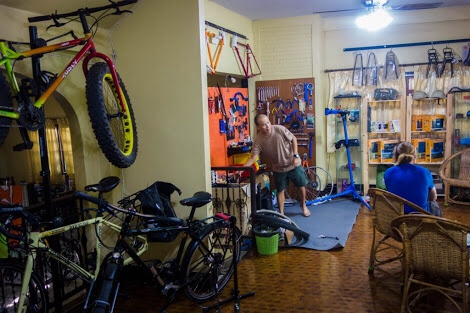 Triple-cats-cycle-bike-shop