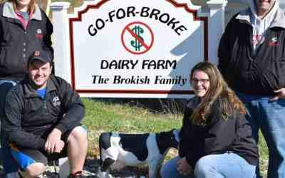 Brokish Family Hosts Iowa County Dairy Breakfast