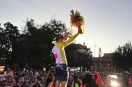 Ewan salutes the crowd