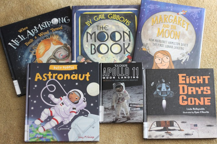 19 Moon Books for Kids