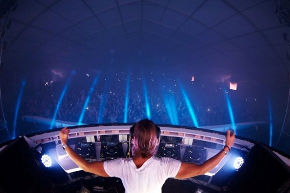 Axwell will headline Sunburn 2013 in Goa this year