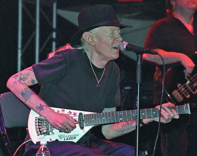Johnny Winter | Photo Credit: Creative Commons/Chascar