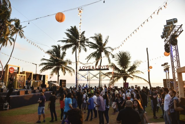 The beach setting for the Levi's anniversary celebrations served as the perfect complement to the music. All photos: Swaraj Srivastav