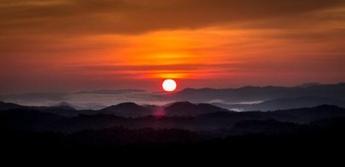 Mountain Falls sunrise