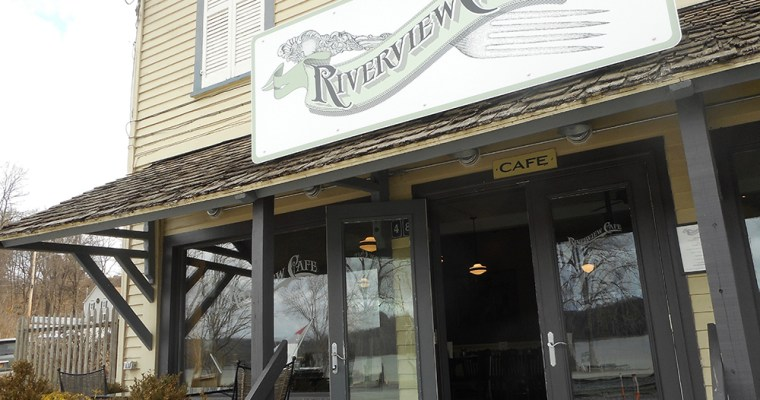 Riverview Café in Stuyvesant, NY