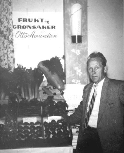 Otto Amundsen drev fisk- og grønnsaksforretning i Rønningveien.