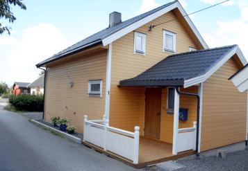 Elise Hauges bolig og forretning i Fjellbuveien 1, fram til midten på 1950-tallet. I 2009 ser huset slik ut