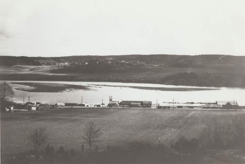 Ringstad sag 1956. Foto: Widerøe's Flyveselskap A/S / ØFB.