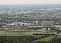 (luchtfoto)High Tech Campus Eindhoven: 135 bedrijven, 10.000 werkenden uit meer dan 85 landen. Beeld Ronald Otter