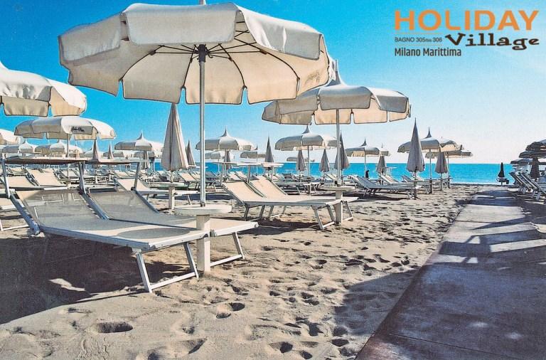 "alt=""Spiaggia B&B Des Bains holiday village"""
