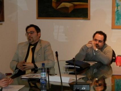 Dott. Daniele Vasari e Dott. Andrea Spada durante una conferenza stampa in Legacoop FC