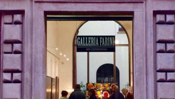 GALLERIA FARINI CONCEPT PROPONE LA 7° COLLETTIVA  INTERNAZIONALE ARTE A PALAZZO. OSPITE D'ONORE IL CRITICO D'ARTE CLAUDIO CERRITELLI.  Articolo di Rosetta Savelli