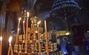 Παράταση περιοριστικών μέτρων στους χώρους λατρείας