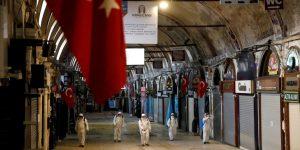 Τέσσερις χιλιάδες νέα κρούσματα σε μία ημέρα ανακοίνωσε η Τουρκία
