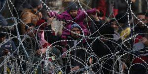 Συστηματική και απαραίτητη είναι η αρωγή των Ενόπλων Δυνάμεων στην προσφυγική κρίση