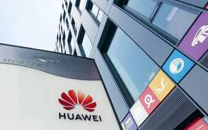 Πιο ακριβό το 5G στη Βρετανία χωρίς τη Huawei ED CROPLEY/REUTERS BREAKINGNVIEWS