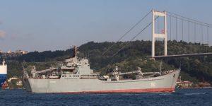 Από τη Ρωσία με αγάπη: Πλοίο γεμάτο τεθωρακισμένα πλέει στη Μεσόγειο (pics)