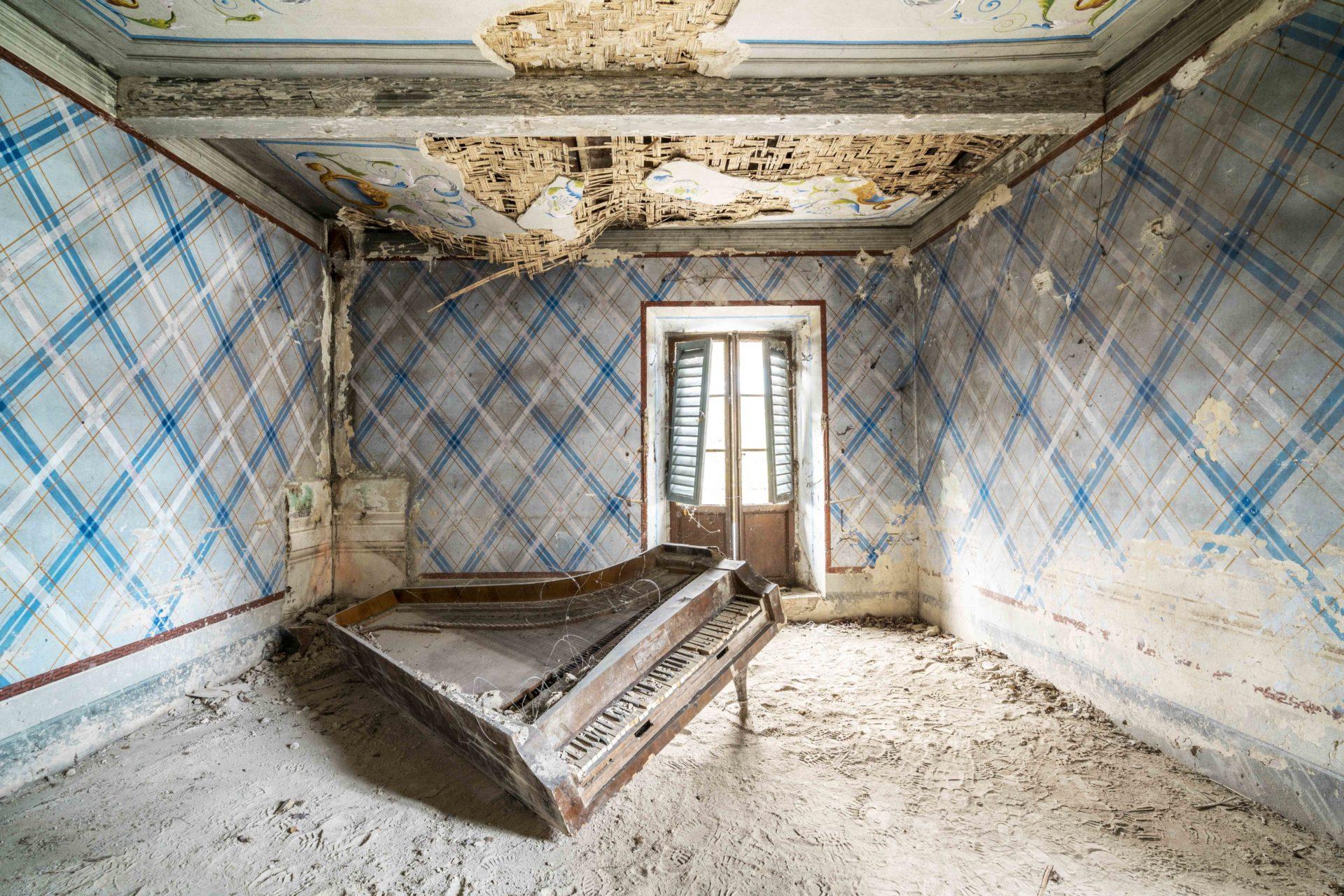 Requiem pour pianos 75 | Serie Requiem pour pianos | Romain Thiery | Italy