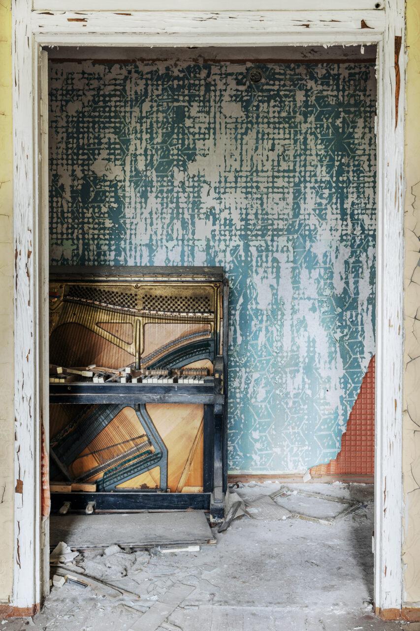 Requiem pour pianos 62   Serie Requiem pour pianos   Romain Thiery