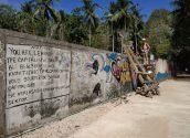 Le mur de Tonsaï, Thaïlande : l'escalier de bois