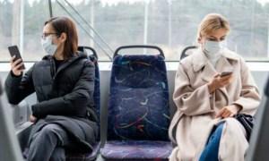 Mască obligatorie. O româncă a fost amendată cu 500 de lei pentru că nu a purtat-o în autobuz 41