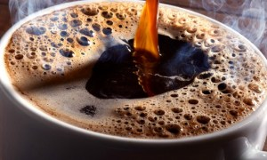 """12 lucruri interesante despre cafea. Dr. Vasi Rădulescu: """"Ca medic, sunt frecvent întrebat dacă e sănătos să bei cafea, ce rol are în hipertensiune, aritmii, accidente vasculare, cum protejează anumite organe și așa mai departe. Ei bine ..."""" 10"""