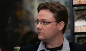 Medicul Vlad Mixich: Revoltător! Într-o carte finanțată de la Ministerul Educației, Dan Puric e expert în pandemie, iar un academician spune că virusul a fost lăsat să vină ca să avantajeze marile corporații 49