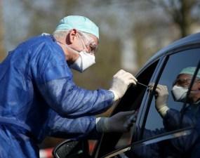 Toţi românii care vor ajunge la Roma cu autocare vor fi TESTAȚI LA BORDUL AUTOVEHICULELOR, chiar dacă vor fi obligaţi să intre în carantină 17