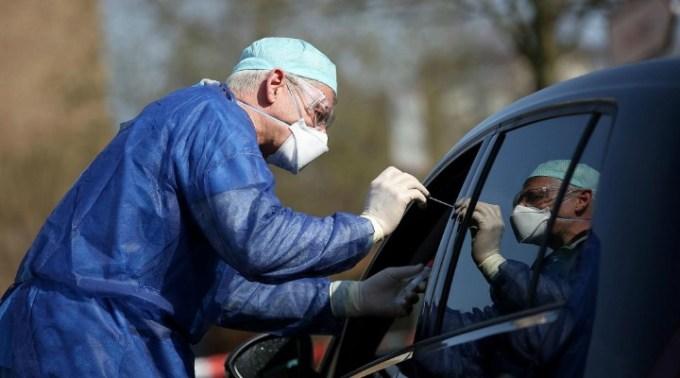 Toţi românii care vor ajunge la Roma cu autocare vor fi TESTAȚI LA BORDUL AUTOVEHICULELOR, chiar dacă vor fi obligaţi să intre în carantină 1