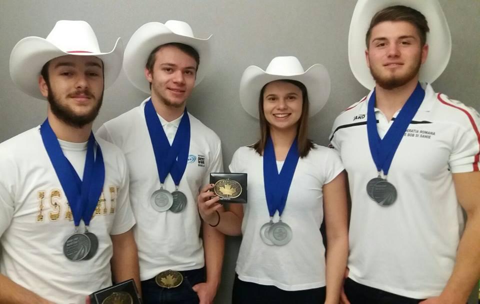 FELICITĂRI! Argint pentru echipa României de sanie la Cupa Mondială destinată juniorilor din Canada
