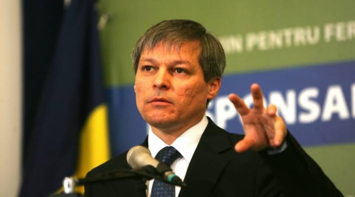 REACȚIE! Dacian Cioloș despre protestele de duminică când 50,000 de oameni din toată România au ieșit în stradă!