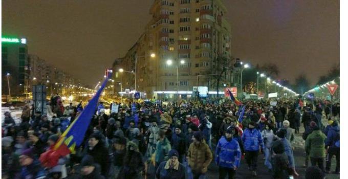 (Video) PROTEST la Guvern! Se iese în stradă Vezi aici LIVE! 1