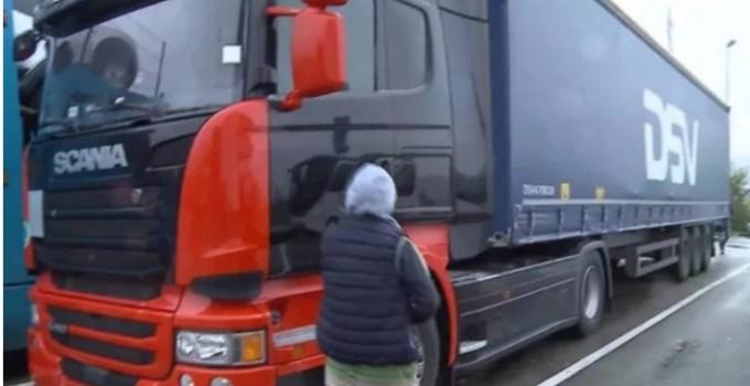 Șofer român de TIR din Belgia, în Comă, după ce a fost Strivit de camionul condus de soția care nu deține permis 24