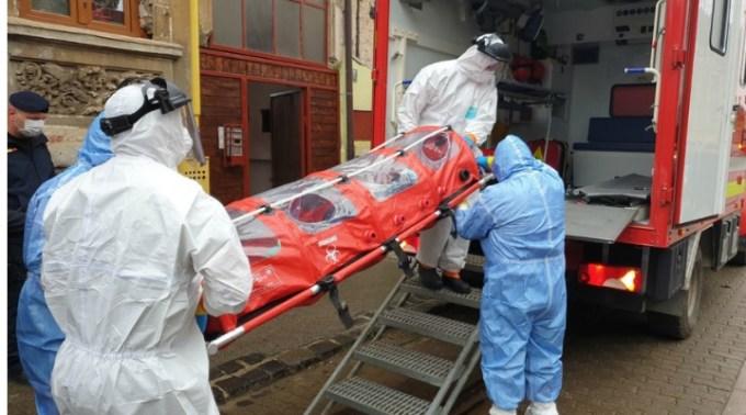 Infectați. Altă fabrică închisă după ce 12 persoane dintr-un schimb au fost depistate pozitiv la testul pentru COVID-19 1