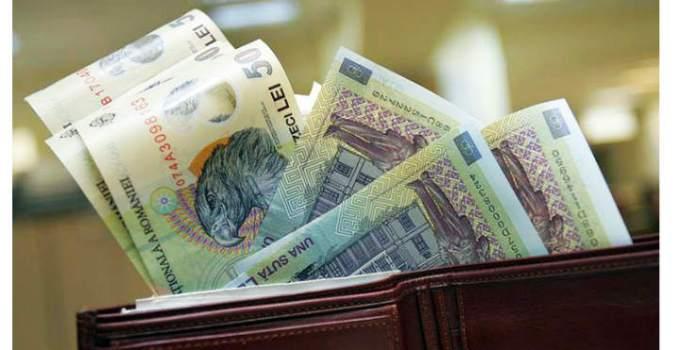 Scad salariile în România la privat cu 25% și cresc cele la stat? Vezi ce încurcătură a făcut Guvernul: 9