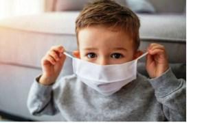 """Copil pozitiv pentru coronavirus în România, perfect sănătos în Austria! """"În Austria ies negative si nu are copilul nimic. Cum mama naibii se întâmplă numai in România să iasă așa multe teste pozitive? Aici de ce se poate repeta testul si acolo nu?"""" 37"""