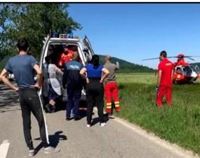 Asistent SMURD pe elicopter, chemat să își salveze propriul copil lovit de o mașină 19