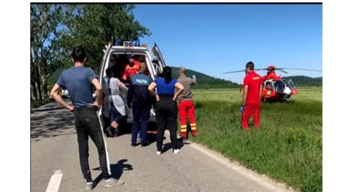 Asistent SMURD pe elicopter, chemat să își salveze propriul copil lovit de o mașină 1
