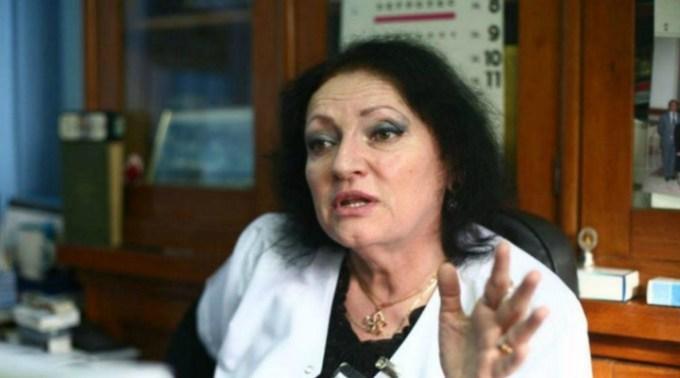 """Doctorul Monica Pop despre controversele privind coronavirusul din ultima perioadă: """"Adevărat sau fake?  Caniculă! Numărul de bolnavi trebuie să scadă, nu aşa s-a spus?!"""" 1"""