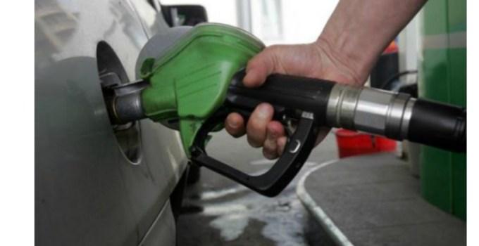Guvernul Orban scumpeşte de fapt carburanţii, după ce a anunţat ieftinirea lor. Doar Iohannis poate bloca scumpirea 3