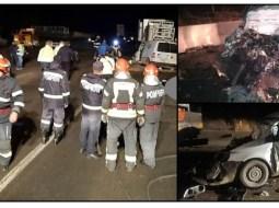 (Foto) Accident înfiorător. Doi bărbaţi, morţi sub roţile unui TIR, pe DN 7 3