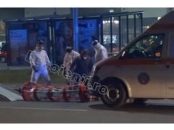 (Video) Măsuri speciale. Primele imagini cu românca venită din Italia, suspectă de coronavirus. A fost preluată de medici cu o capsulă specială 15