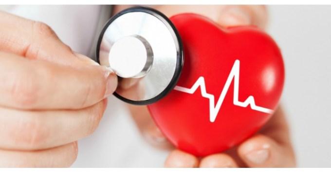 """Când soția știe mai bine :) Medicul Gabriel Tatu: """"Din riscurile meseriei (de cardiolog). Domnul CG are 64 de ani. Clar trebuie să facă o coronarografie. Domnul CG refuză însă categoric să o facă. Soția Domnului CG este o femeie energică. ... Doamna DG mă fixează cu privirea vreo 3 secunde după care îmi spune, ferm și grav:- Dați-vă la o parte!!!Apuc să fac un pas la dreapta. Insuficient pentru forța de pătrundere a Doamnei DG care mă ..."""" 1"""