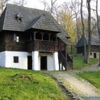 Traditional rural houses - romanian architecture in villages