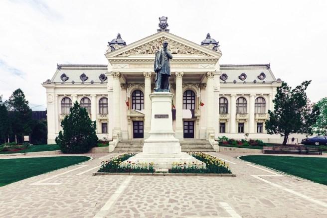 """Teatrul Național """"Vasile Alecsandri"""" (Iași)"""