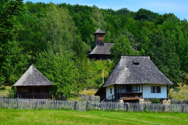 Muzeul Satului Vâlcean (com. Bujoreni, jud. Vâlcea)